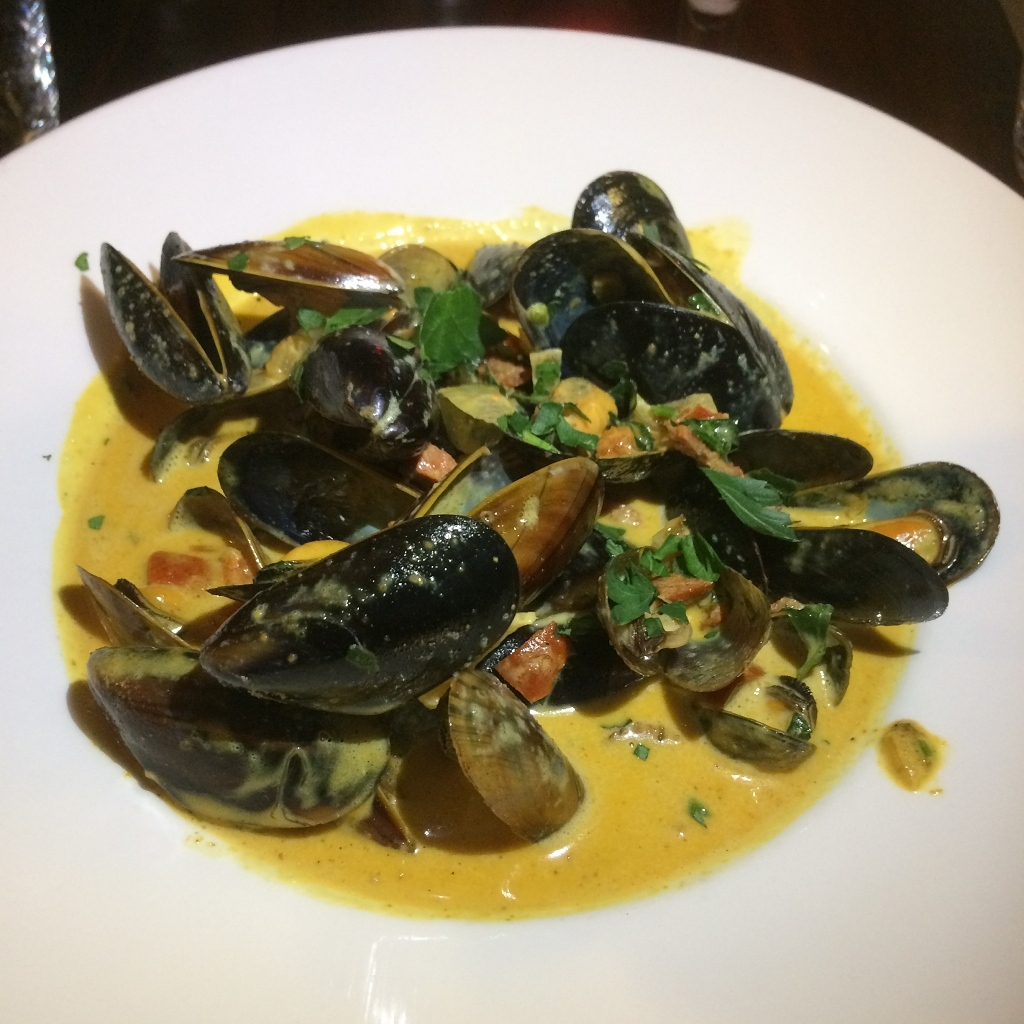 Fresh Scottish mussels with chorizo + creamy curry sauce