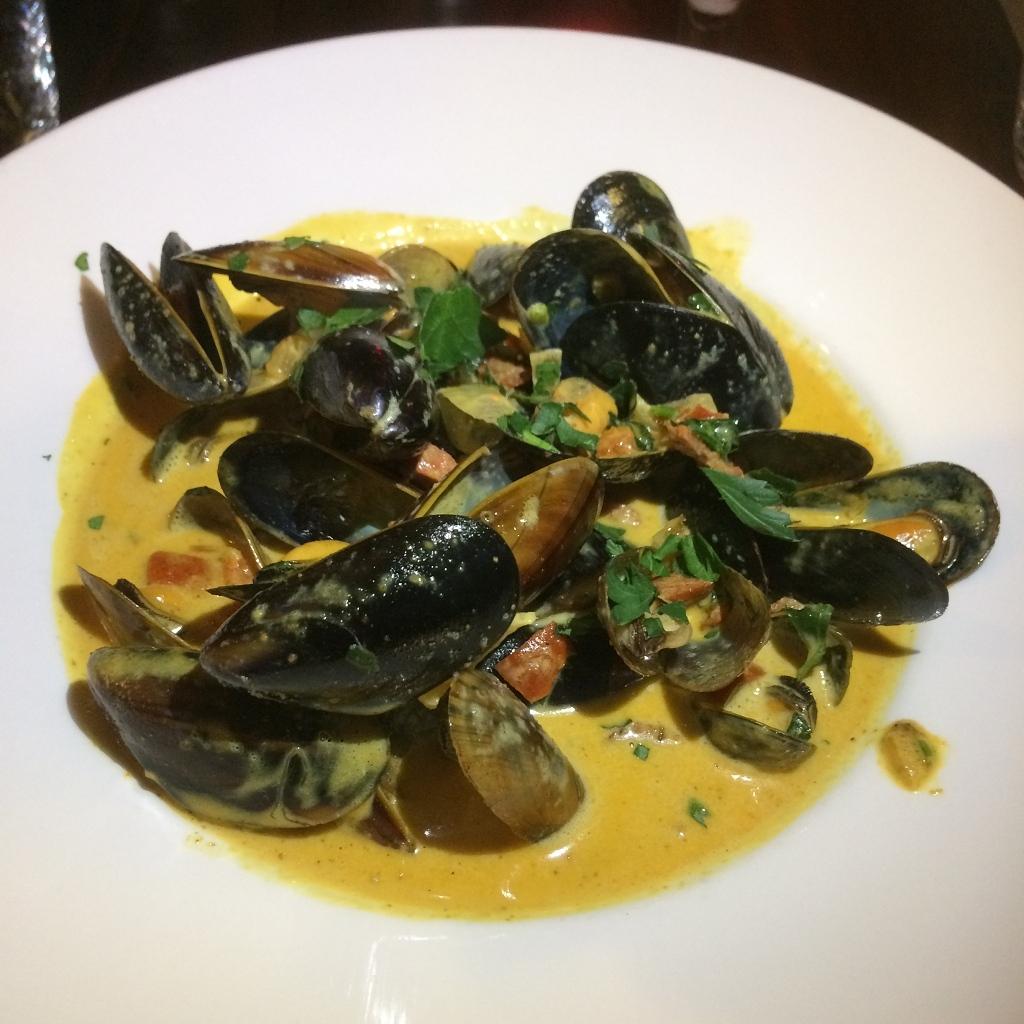 Fresh Scottish mussels with chorizo + creamy curry sauce
