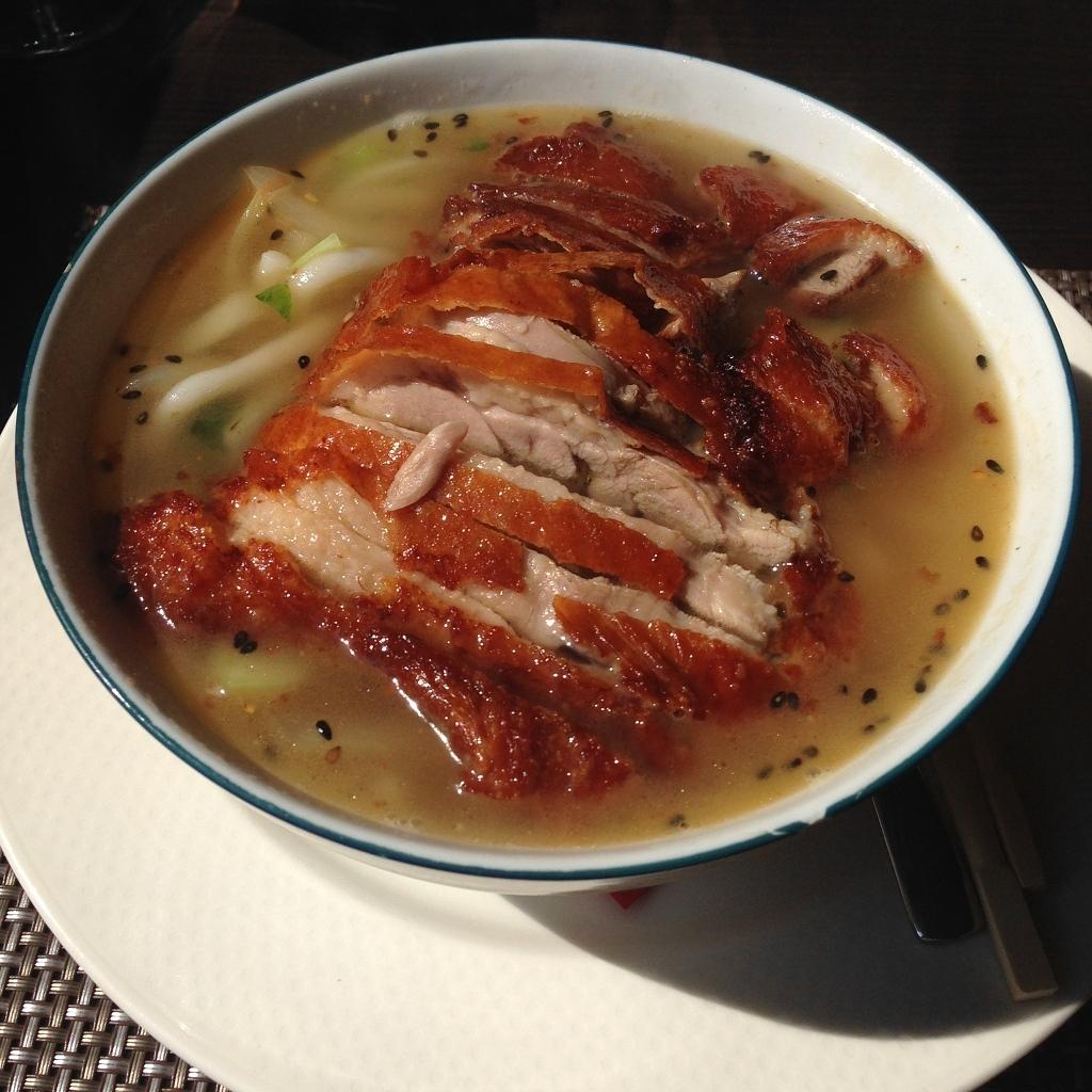 soupe de udon avec canard